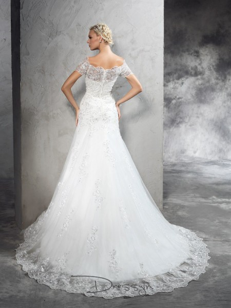 Sheath/Column Net Off-the-Shoulder Short Sleeves Applique Court Train Wedding Dresses