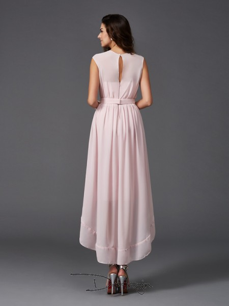 A-Line/Princess Chiffon Scoop Sleeveless Sash/Ribbon/Belt High Low Bridesmaid Dresses