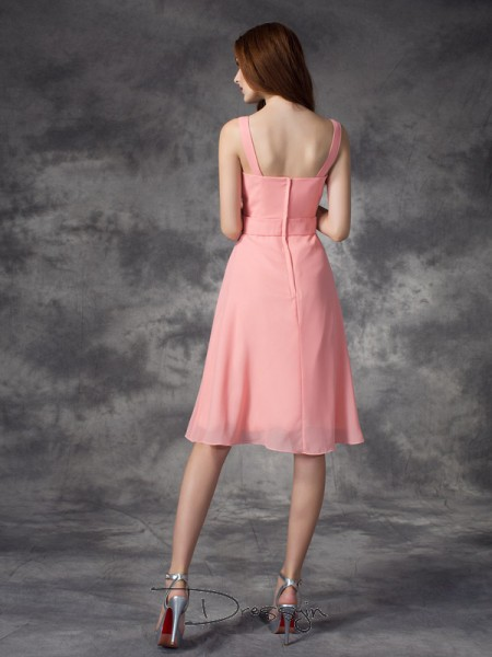 A-Line/Princess Chiffon Straps Sleeveless Rhinestone Knee-Length Bridesmaid Dresses
