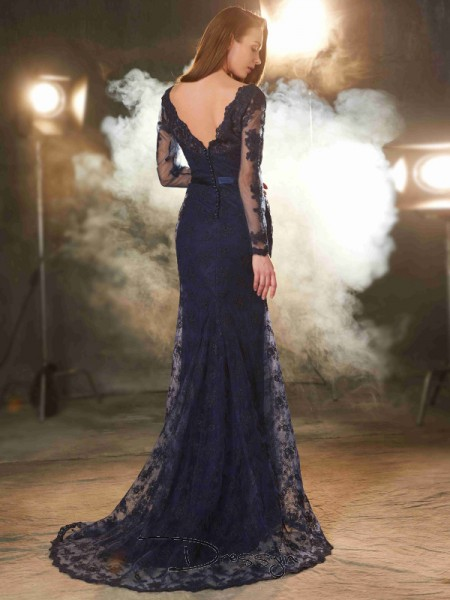 Trumpet/Mermaid Applique V-neck Sleeveless Lace Long Dress