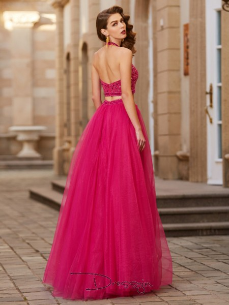 A-Line/Princess Beading Halter Sleeveless Tulle Long Dress