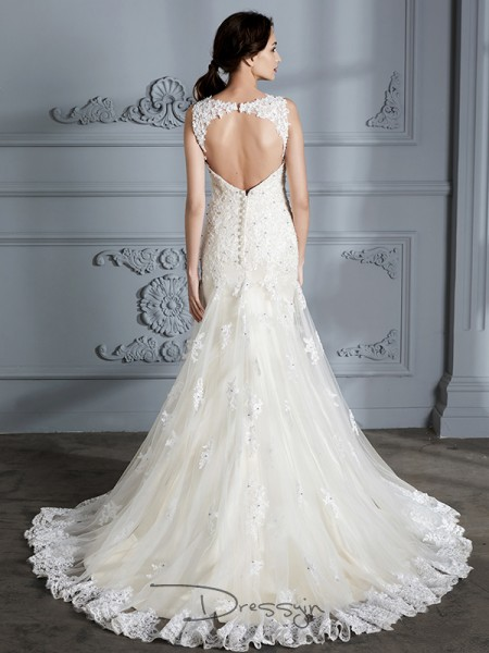 Trumpet/Mermaid Lace Sleeveless Sweetheart Court Train Wedding Dresses