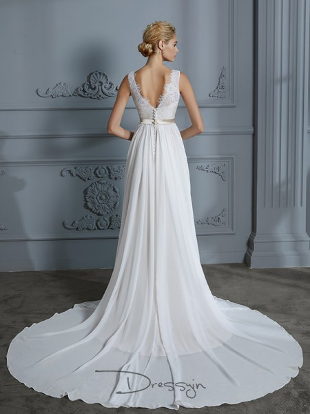 A-Line/Princess Chiffon Sleeveless Lace V-neck Court Train Wedding Dresses