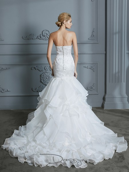 Trumpet/Mermaid Organza Sleeveless Ruffles Sweetheart Long Wedding Dresses