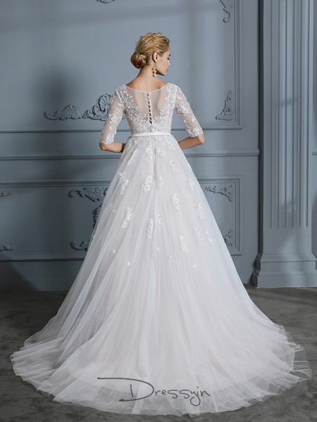 Ball Gown Tulle 1/2 Sleeves Lace V-neck Court Train Wedding Dresses