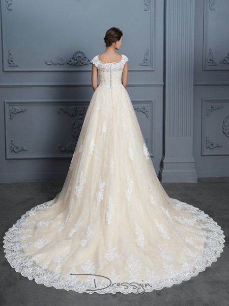 Ball Gown Lace Short Sleeves Beading Sweetheart Court Train Wedding Dresses