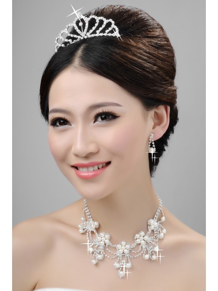 Alloy Clear Crystals Pearls Wedding Headpieces Necklaces Earrings Set