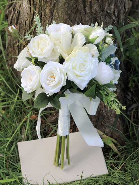 Free-Form Pure Silk Flower White Bridal Bouquets