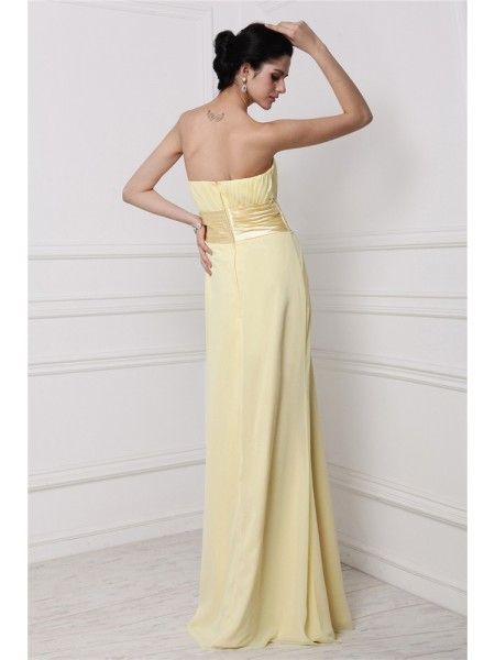 Sheath/Column Strapless Pleats Hand-Made Flower Sleeveless Chiffon Long Bridesmaid Dresses