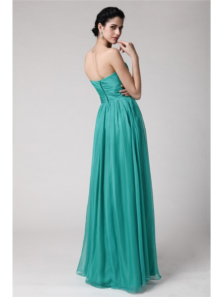 Sheath/Column Sweetheart Pleats Sleeveless Chiffon Long Bridesmaid Dresses