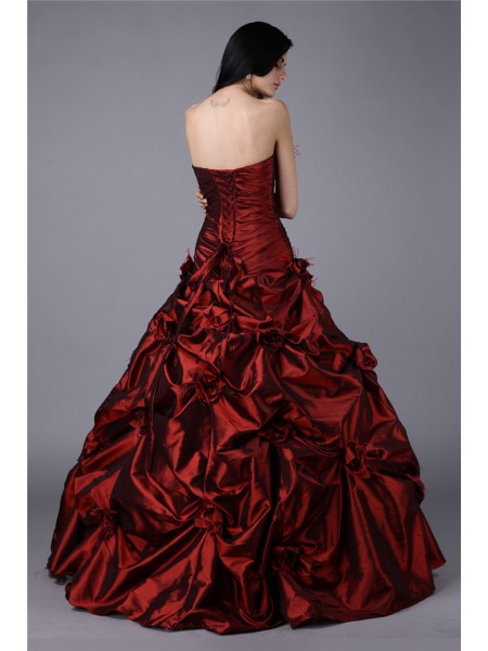 Ball Gown Strapless Hand-Made Flower Sleeveless Taffeta Long Dresses