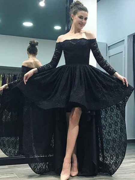 A-Line/Princess Off-the-Shoulder Ruffles Long Sleeves Lace Long Dresses