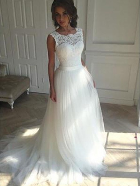 A-Line/Princess Square Beading Sleeveless Tulle Court Train Wedding Dresses