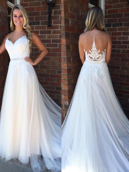 A-Line/Princess Scoop Applique Sleeveless Tulle Court Train Wedding Dresses