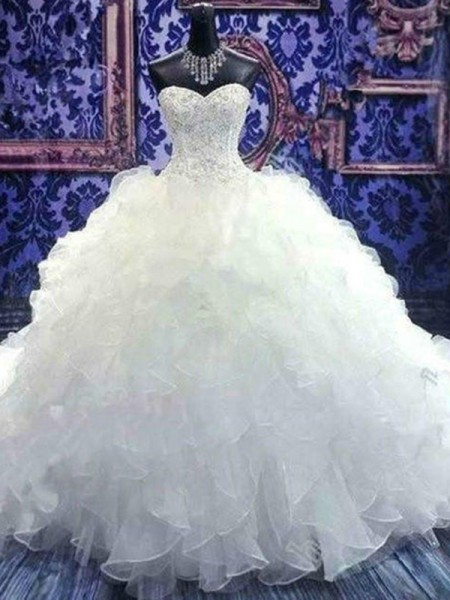 Ball Gown Sweetheart Beading Sleeveless Organza Chapel Train Wedding Dresses