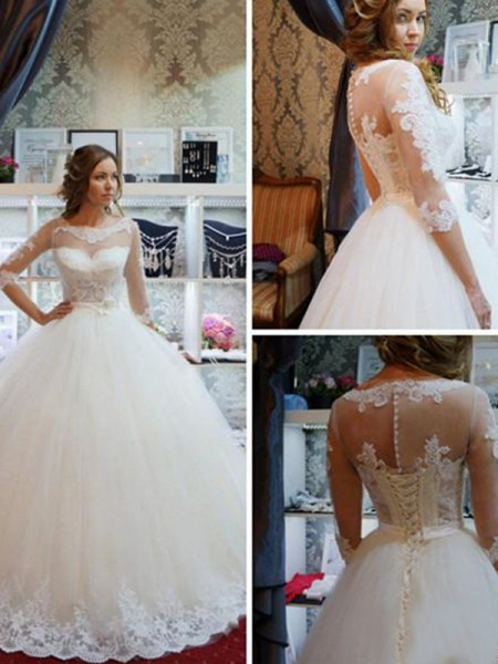 Ball Gown Scoop Applique 1/2 Sleeves Tulle Long Wedding Dresses