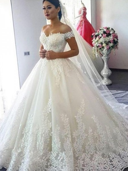 Ball Gown Off-the-Shoulder Lace Sleeveless Tulle Long Wedding Dresses