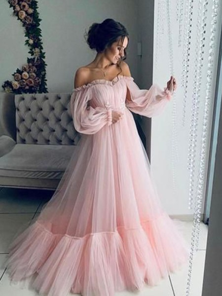 A-Line/Princess Long Sleeves Applique Tulle Off-the-Shoulder Sweep/Brush Train Dresses