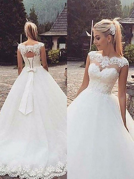 Ball Gown Bateau Sleeveless Tulle Court Train Wedding Dresses