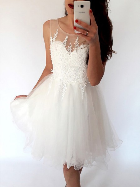 A-line/Princess Scoop Sleeveless Tulle Short Dresses