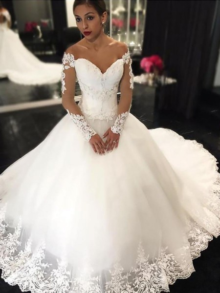Ball Gown Off-the-Shoulder Applique Sleeveless Tulle Court Train Wedding Dresses