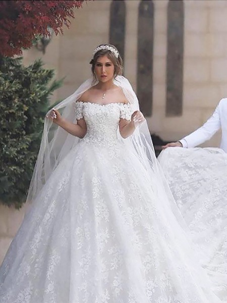 Ball Gown Off-the-Shoulder Short Sleeves Tulle Court Train Wedding Dresses