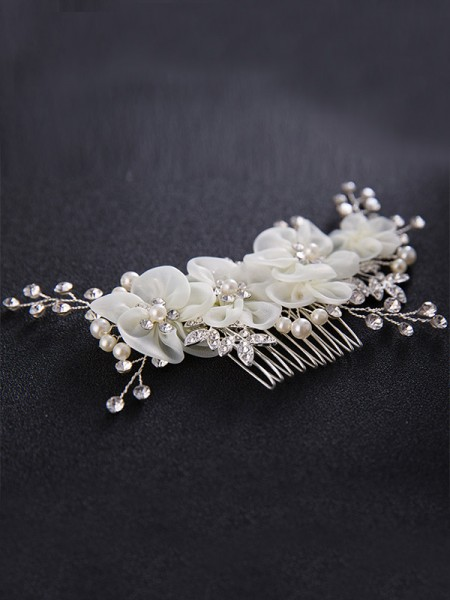 Stunning Czech Pearl Wedding Headpieces
