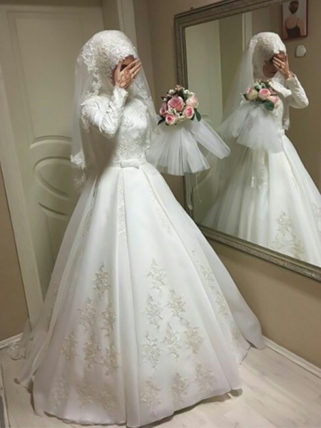 Ball Gown Tulle Bowknot Long Sleeves Jewel Long Wedding Dresses