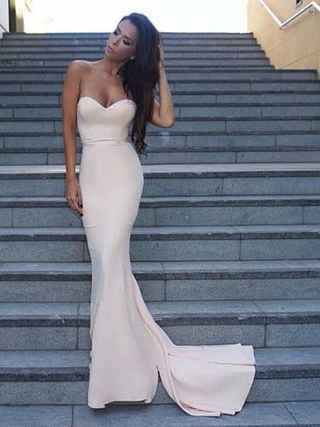 Sheath/Column Satin Ruffles Sleeveless Sweetheart Long Dresses